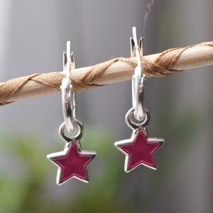 Pendientes de aro con colgante estrella