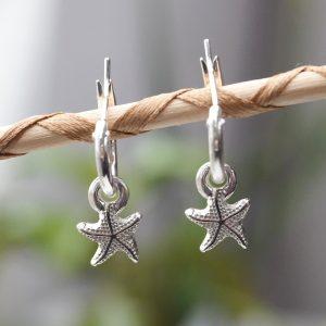 Pendiente de aro con estrella de mar Vanderly